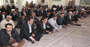 شرکت فرماندار قاینات در نماز جمعه