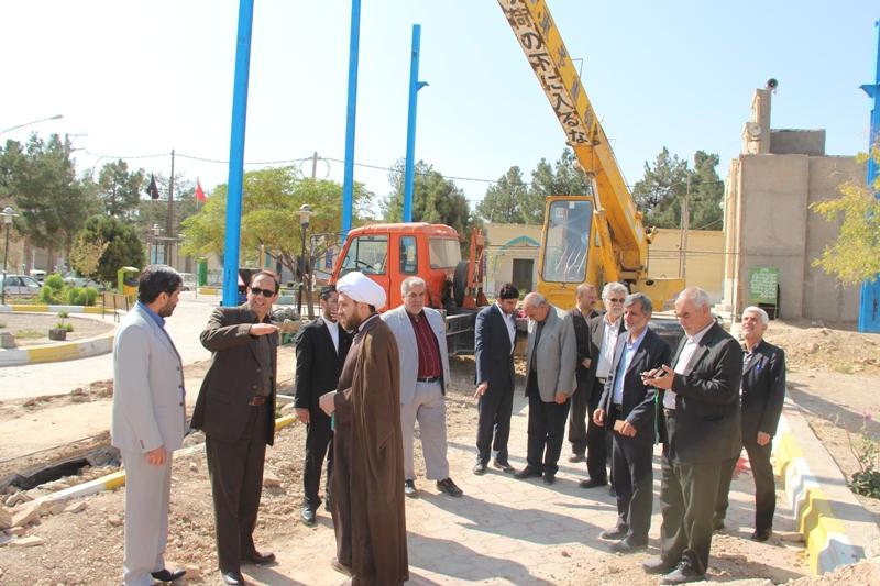 با حضور فرماندار قائنات عمليات اجرايي ساخت شبستان امام زاده زيد قائن شروع شد
